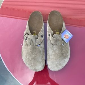 Birkenstock's suede mules new with tags
